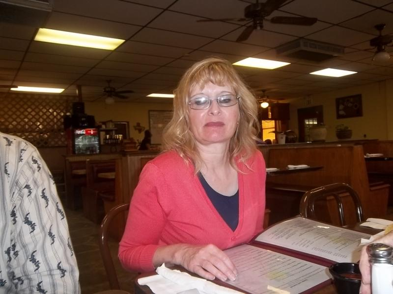 Tammie dining out at 7 Points finer cafe.